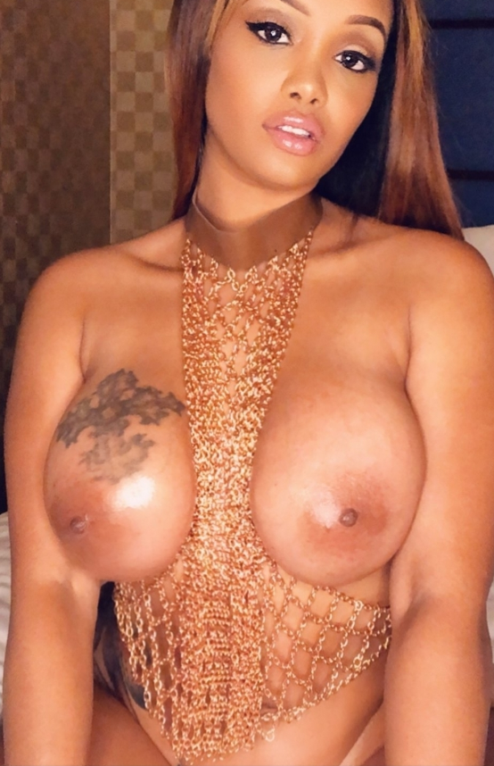 Sexy babe Shakka Fernandez OnlyFans ms_fernandes25 shows off her huge titties in gold chain lingerie nude photo leaked